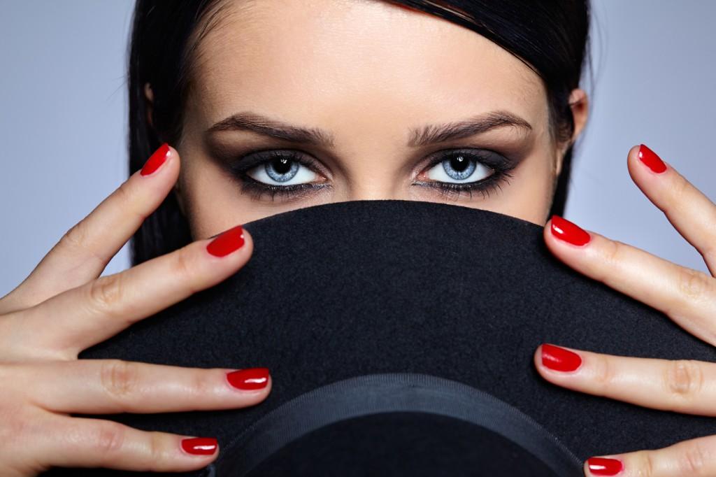 maquillage et manucure Instant Coiffure